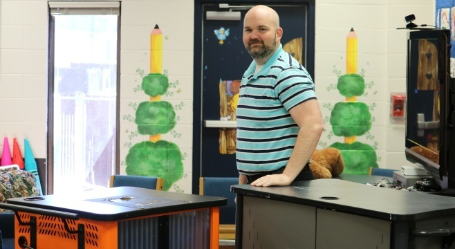 QES Recieves Additional Chromebooks